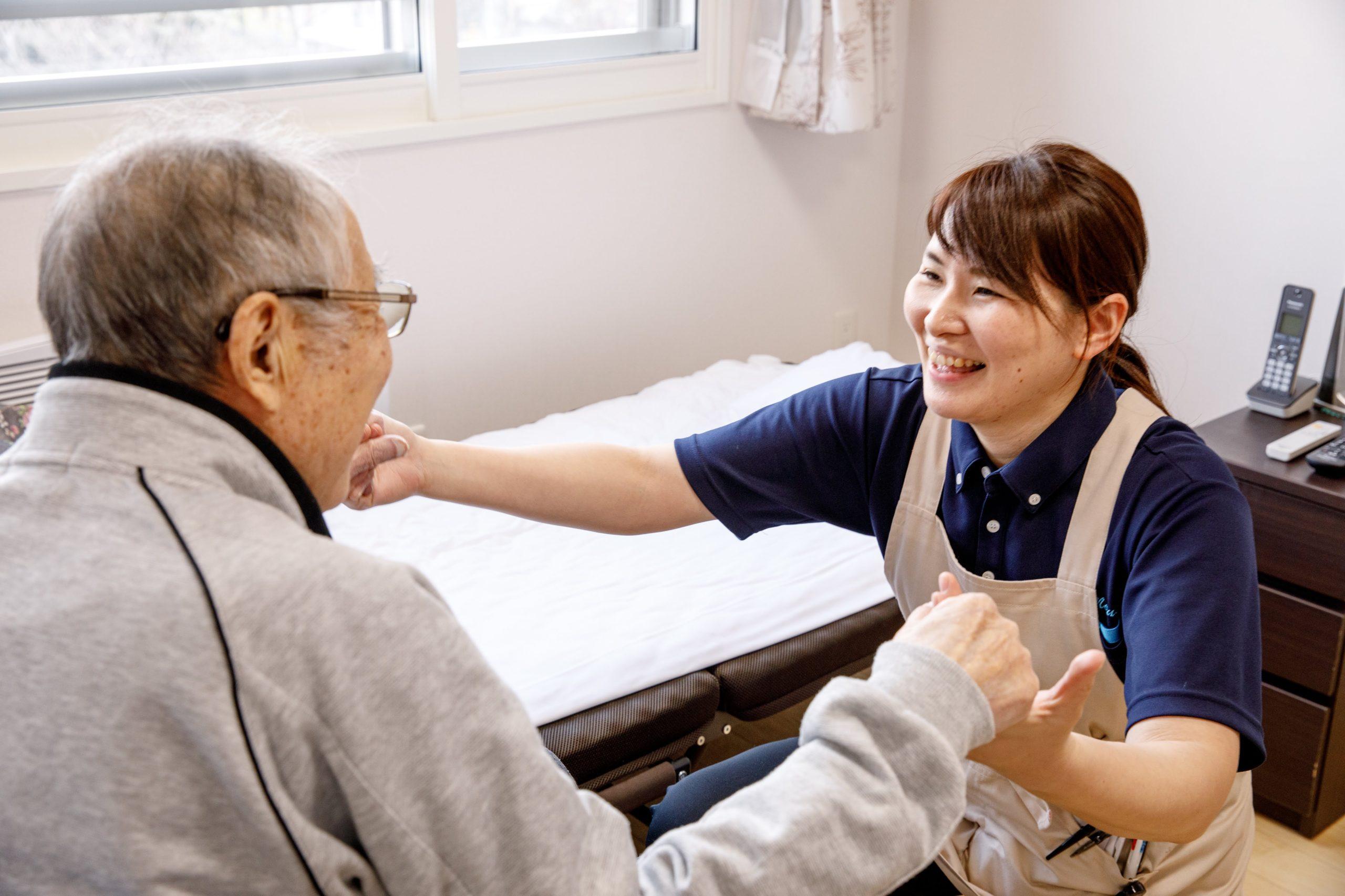 サービス付き高齢者向け住宅の介護スタッフ【ふれあいの森/桑園】